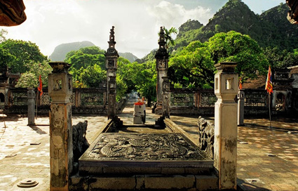 Preserve, embellish and promote the cultural and historical values of Hoa Lu ancient capital